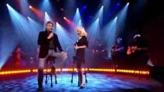 Andrea Bocelli & Cristina Aguilera - Somos novios (En Vivo).flv