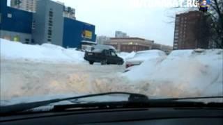 Что делать если автомобиль застрял в снегу