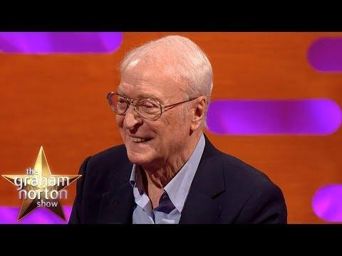 Sir Michael Caine o setkáních v začátcích kariéry - The Graham Norton Show