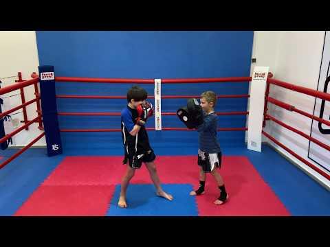 #3 Kinder Boxen Kickboxen ab 7 Jahre   Online Training   Tutorial   Kampfsport   Full Training