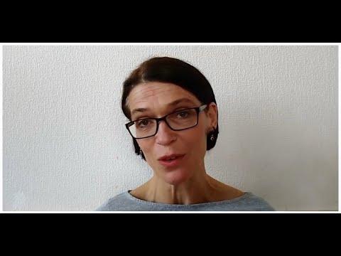 Přehrát video: Číst Havla v karanténě – Marie Turková čte Dopisy Olze (dopis č. 79)