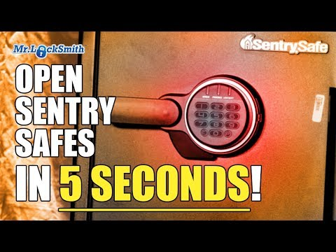 Guy opens Commercial Safes in Seconds