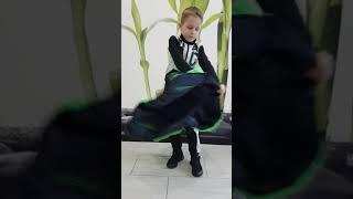 Двухсторонняя куртка от компании Эллария - видео