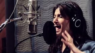 Idina Menzel - Do You Hear What I Hear (LIVE Behind the Scenes)