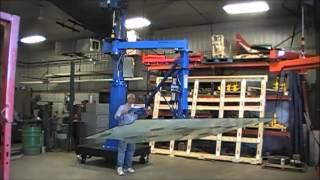 Window Manipulator Lifting Large Panes of Glass