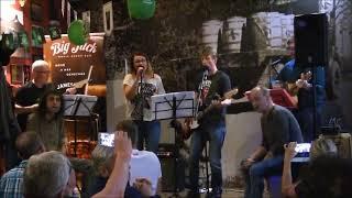 Video Sousedi - Dej mi víc své lásky Live 2018 Big Jack Ostrava