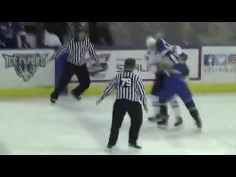 Craig Simchuk vs Andrew Schmit