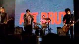 Art Brut - Bang bang rock'n'roll - live Stockholm