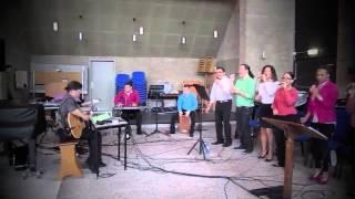 Ban duna otro pas   Genesis Gospel Choir 2014