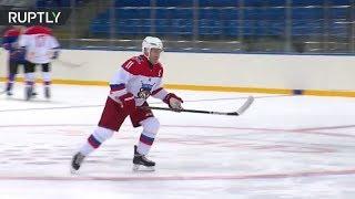Putin at hockey practise in Sochi after judo 'injury'