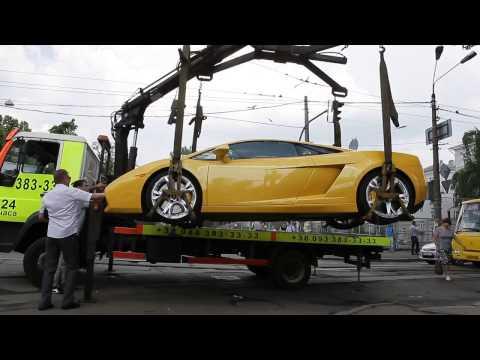 , title : 'Девушка на Lamborghini перекрыла Подол'