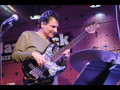 Video: John Patitucci Electric Quartet