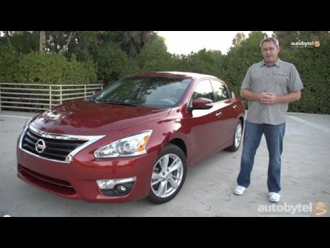 2015 Nissan Altima 2.5 SV Test Drive and Video Review