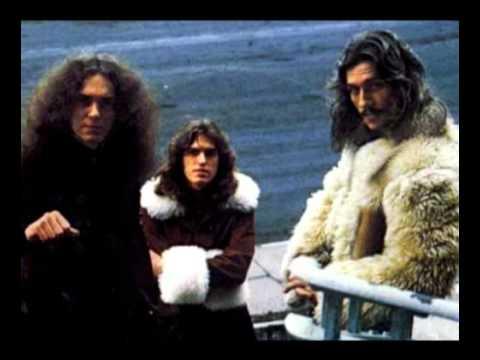 Stray Dog - Chevrolet (1973) online metal music video by STRAY DOG