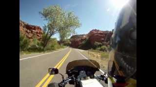 MotoGuzzi V!! Cali - Escalante Canyons, Utah