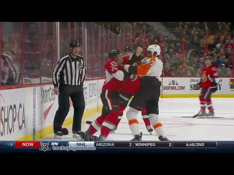 Wayne Simmonds vs Mark Borowiecki