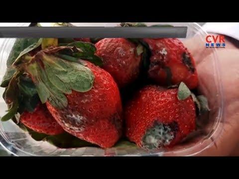 Damaged Strawberry Fruits Marketing in Kothapet Hyderabad   More Supermarket   CVR NEWS
