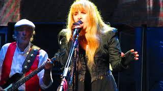 Fleetwood Mac - Free Falling Live Tribute to Tom Petty Pittsburgh 11/1/18
