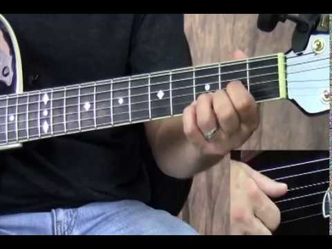 Guitar Lesson - Fingerpicking Pattern Over a D Chord