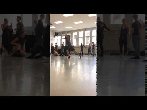 "STRAWINSKY (UA) | Probenbesuch ""Petruschka"""