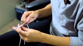How to Crochet a Bracelet With Your Fingers : Crocheting for Beginners