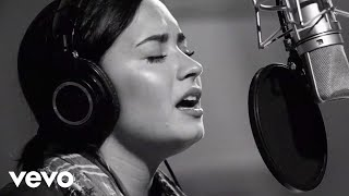 Stone Cold - Demi Lovato (Video)