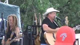 Chris Cagle at Country USA 2013 - Let There Be Cowgirls