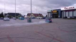 preview picture of video 'BMW 325T E30 Augustów - Galeria Marjon cz. 2'