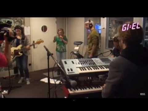 Krystl - Blurred Lines (cover at Giel 3FM, April 2013) with ao  singing bassplayer Phaedra Kwant
