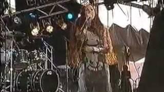 ALANIS  MORISSETTE- IRONIC ( Live Pinkpop 1999)
