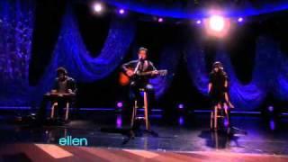 "Joshua Radin Performs ""Today"" For Ellens 53rd Birthday"