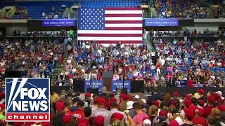 Trump holds 'Make America Great Again' rally in PA
