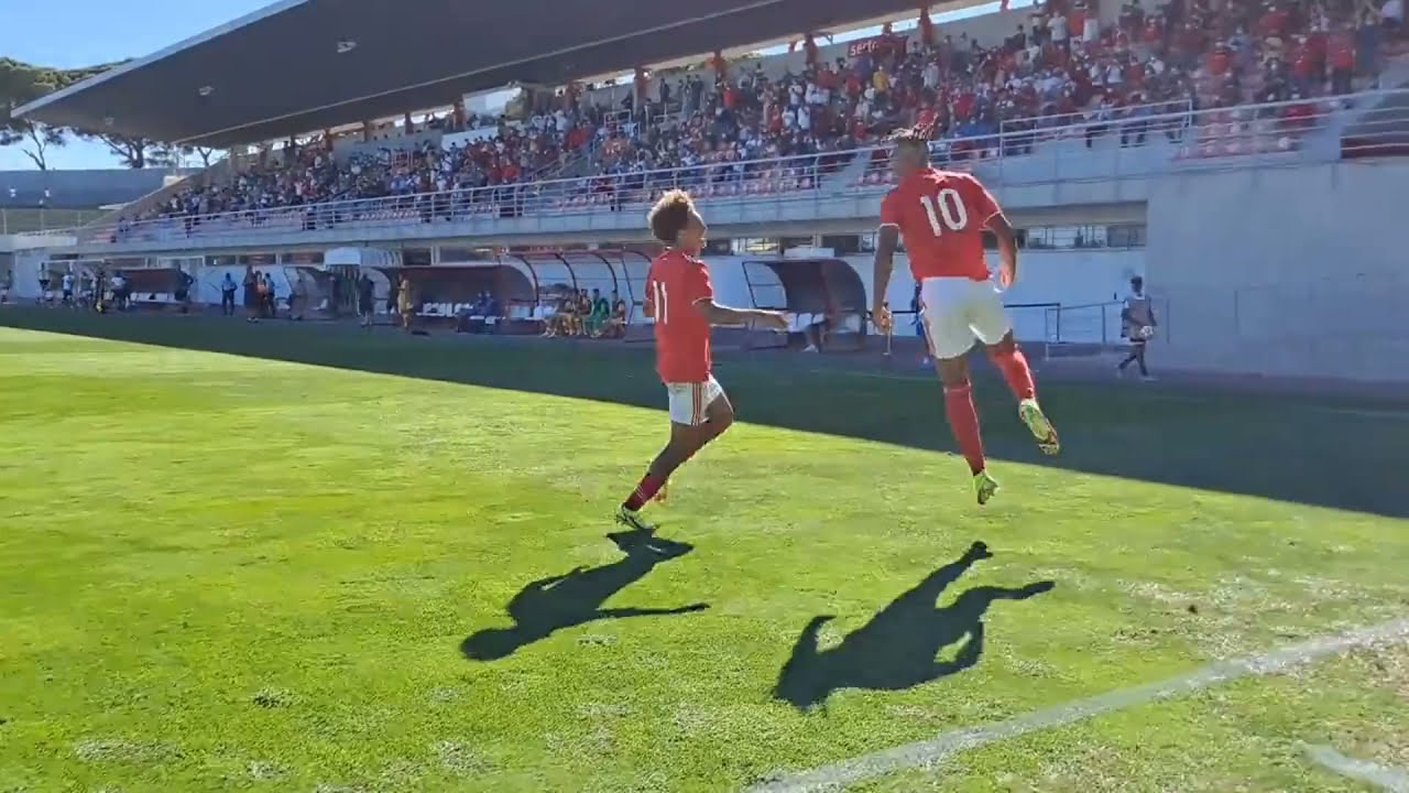 נוער - ליגת האלופות, בנפיקה מביסה את ברצלונה