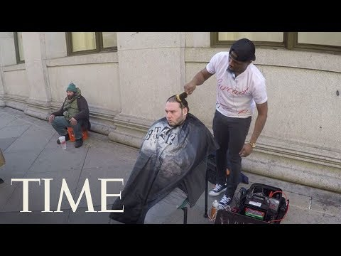 Man Hands Shop Keys To Street Barber Who Gives Free Haircuts To The Homeless: 'It's Yours' | TIME