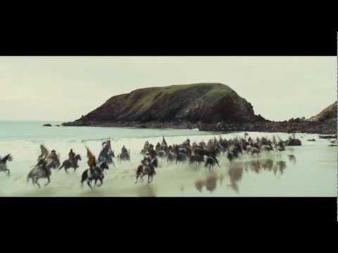Snow White and the Huntsman Featurette 'Battle on the Beach'