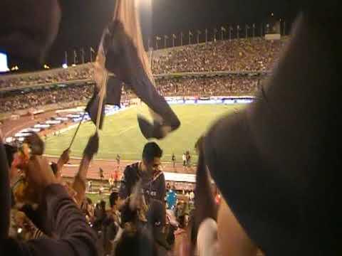 """""""PLUS PUMAS - Final del partido PUMAS-america"""" Barra: La Plus • Club: Pumas"""