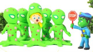 HULK POLICE STOPS THE MARTIANS ❤ Spiderman, Hulk & Frozen Play Doh Cartoons For Kids