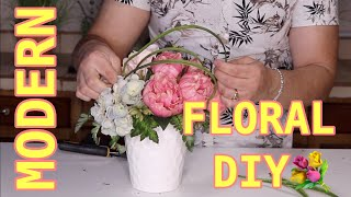 Small Flower Arrangement DIY /  Easy Tutorial For Spring And Summer Floral
