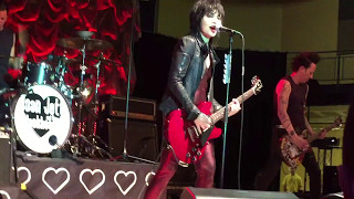 "Joan Jett & the Blackhearts - ""Cherry Bomb"" (The Runaways) Live 04/29/17 Millersville University, PA"