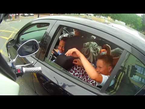 Jak sprawić dzieciakom radość w korku?