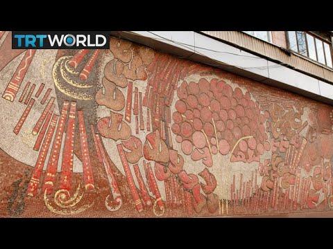 🇺🇦  Street art vs Soviet mosaics in Kiev | Compass