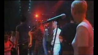 Chumbawamba One hit wonder documentary (Tubthumping)