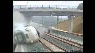 Момент железнодорожной катастрофы в Испании