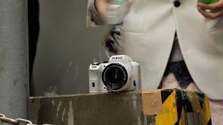 Nikon D5500 vs Pentax K-S2 Review