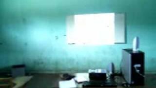 preview picture of video 'Estrenando el proyector en la Escuela Telesecundaria 201 Jose Marti con el 2° B'