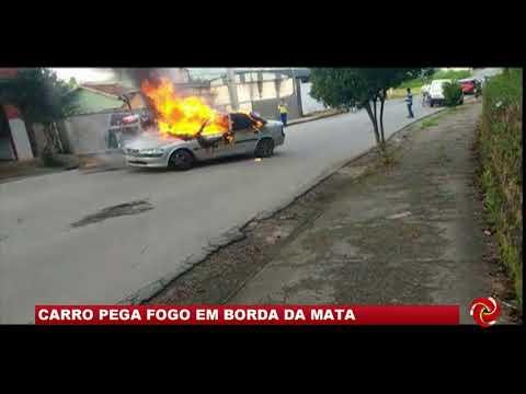 Carro pega fogo em Borda da Mata