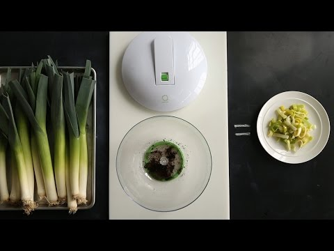 Cleaning Sandy Leeks- Kitchen Conundrums with Thomas Joseph