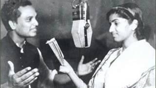 Badli teri nazar to nazare badal gaye Lata Mangeshkar Music