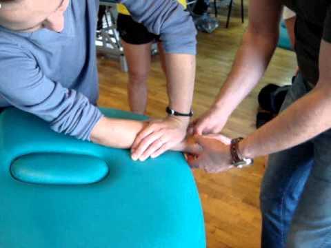 Przyczyną palucha koślawego duży palec u nogi