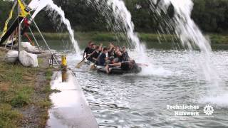 preview picture of video 'THW Peine Cold Water Challenge 2014 - Jugend'